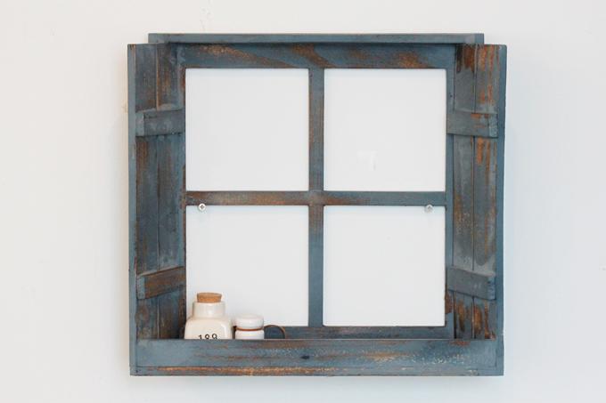 Petit monde ディスプレイウィンドウ ブルー 青 ディスプレイ 壁掛け 小窓 木製 棚
