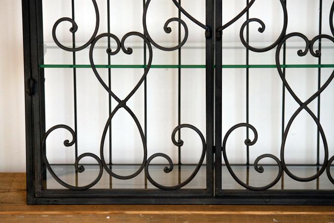 壁掛けも アンティーク調アイアンシェルフ ガラス板 黒