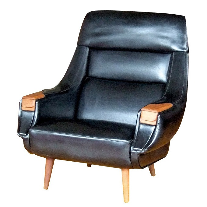 hw klein black vinyl chair